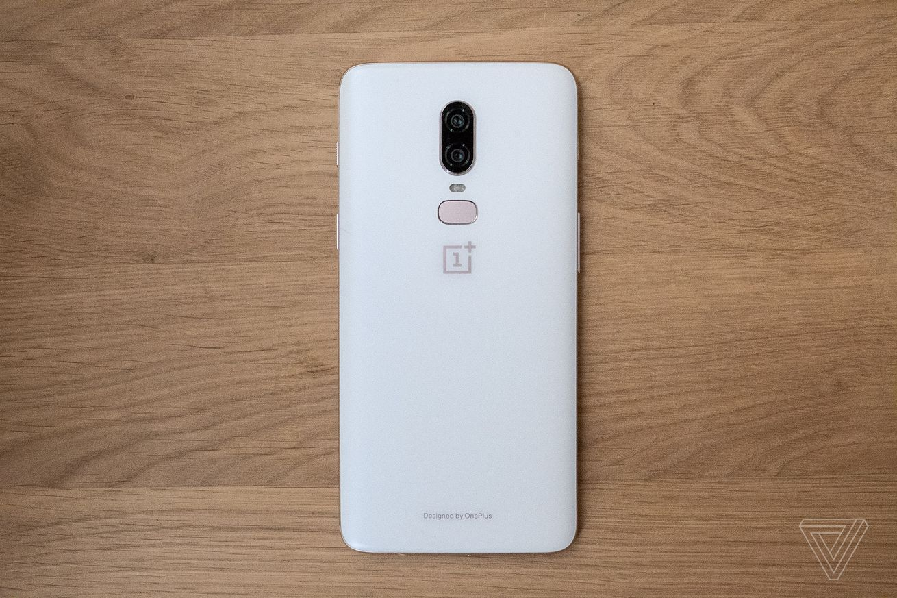 El OnePlus 6 blanco estará disponible este martes