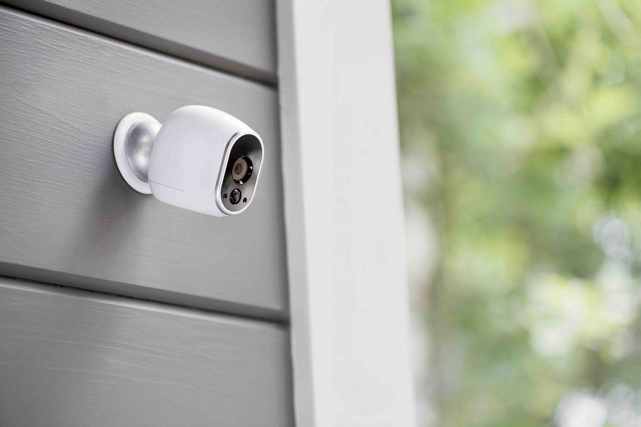 Netgear ofrece detección de personas y capacidades E911 a sus cámaras Arlo