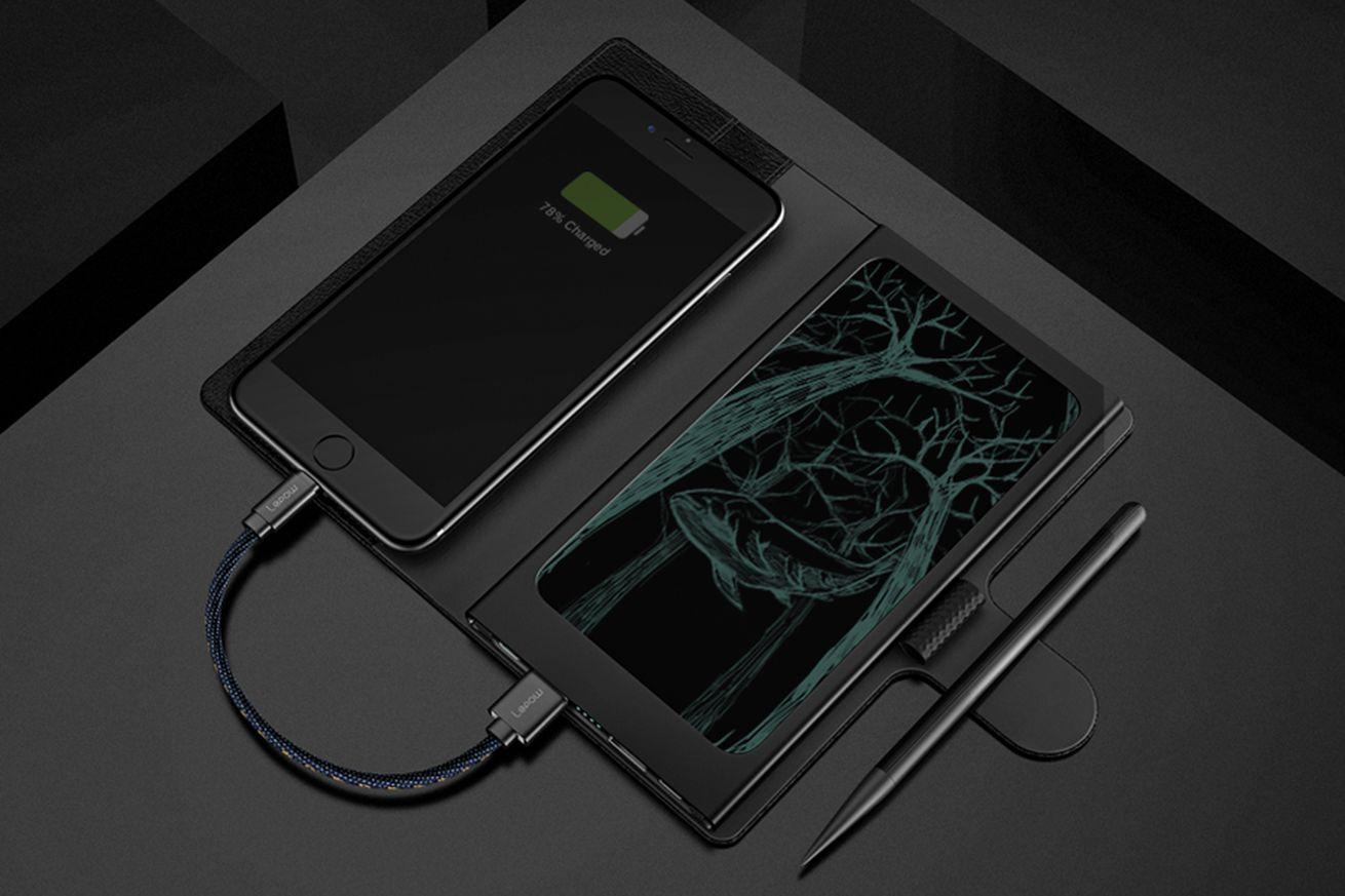 Memomate combina una tableta E Ink con un paquete de baterías y un cargador inalámbrico