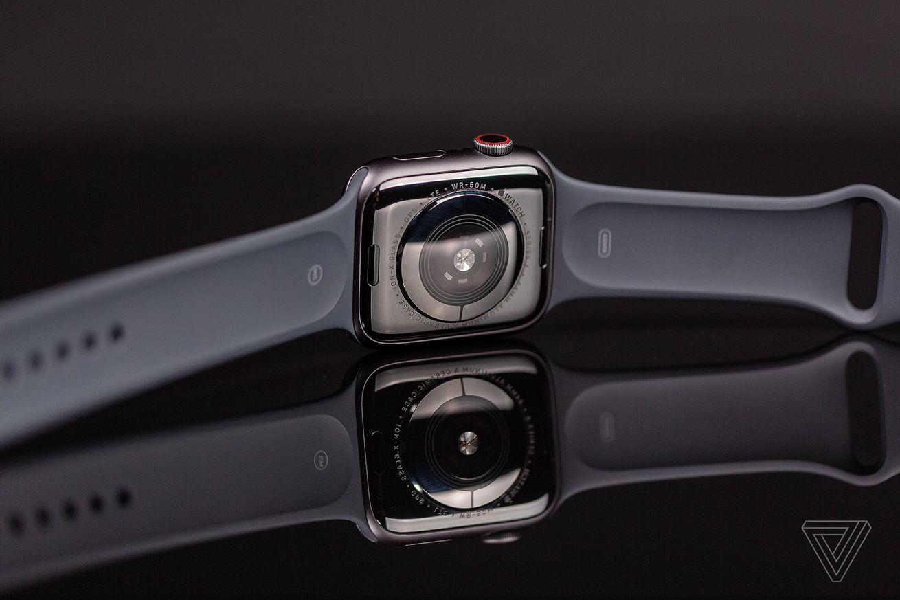 La función de electrocardiograma de la serie 4 de Apple Watch viene con watchOS 5.1.2