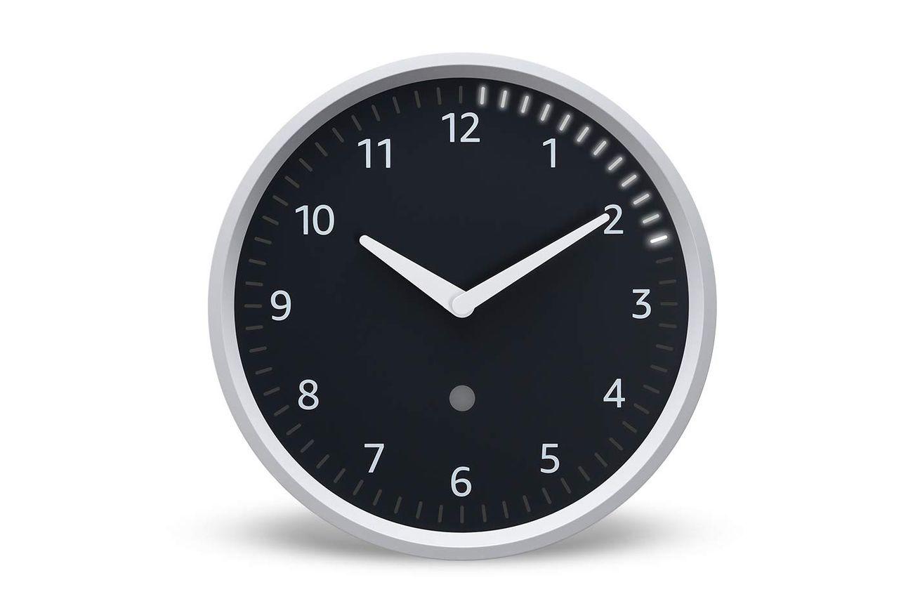 Amazon comienza a vender Echo Wall Clock nuevamente después de emitir un arreglo de conectividad